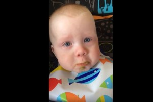 baby cries to singing mother